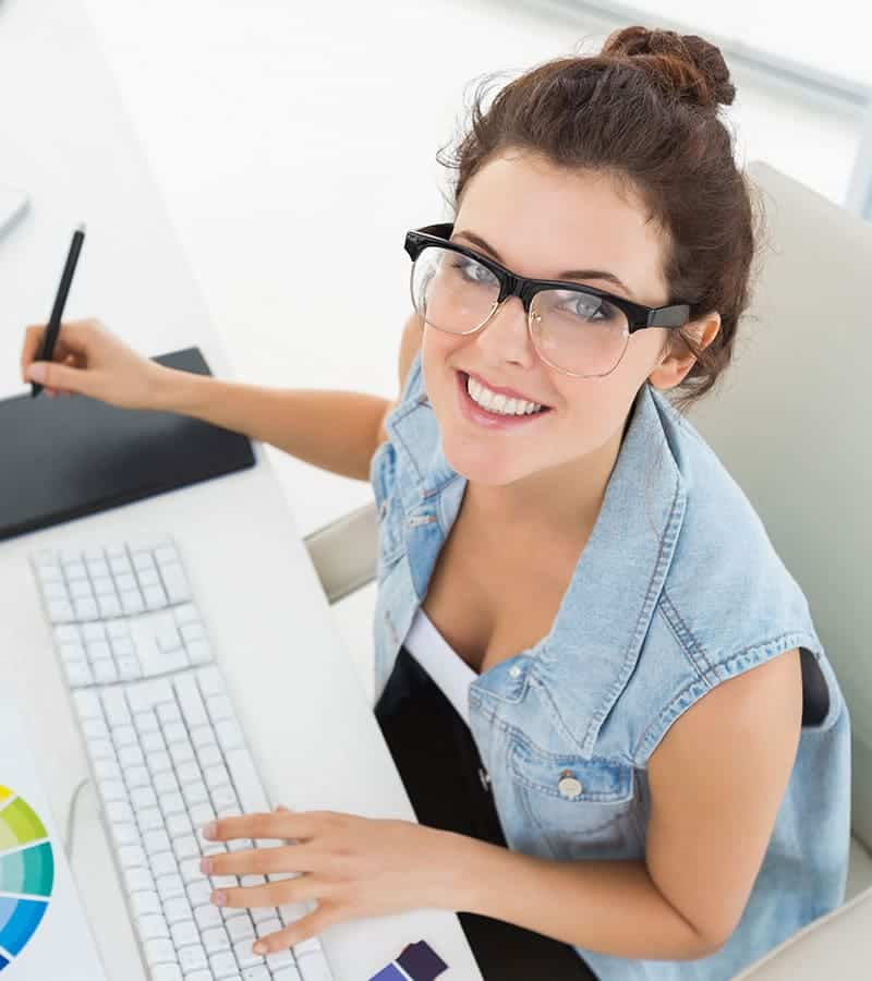 beautiful-woman-working.jpg