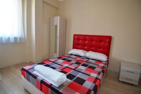 5 yataklı 1+1 standart oda ebeveyn odası-2
